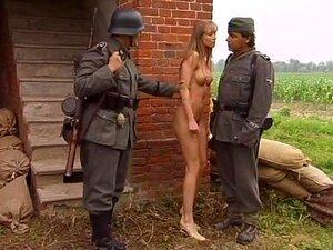 Видео ебут немцы женщин во время войны, фото порно девушек казань
