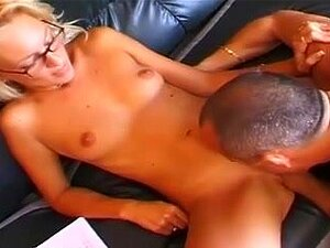 Horny mature with glasses fisted and analized